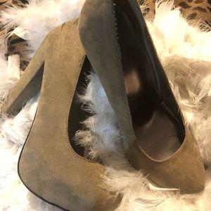 Y-not? Sued Shoes Heels